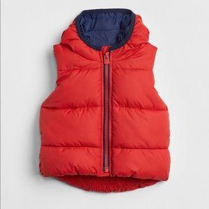 NWT GAP ColdControl Max Puffer Vest